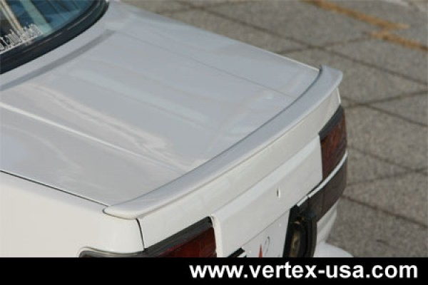 VERTEX TOYOTA COROLLA AE86 LEVIN REAR TRUNK SPOILER (FRP)