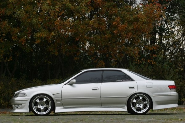 Vertex Toyota Mark II JZX/GX100,101 Side Skirts