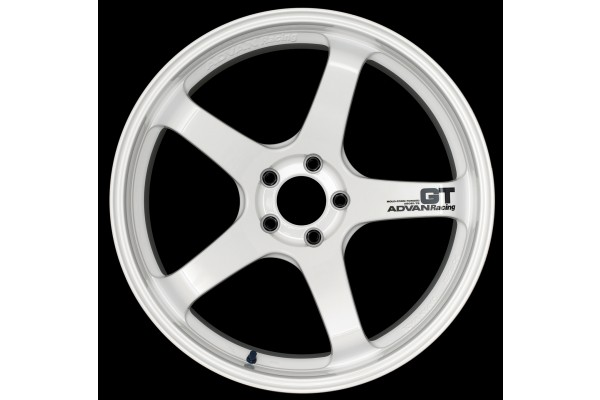 Advan Racing GT Racing White